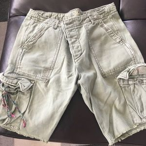 American Eagle Cargo Shorts-Green Size 4